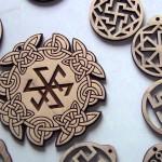 Как выбрать древнеславянский оберег по дате рождения: советы