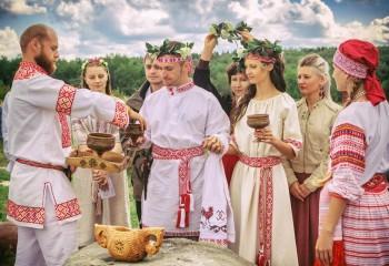 Различие между христианским венчанием и славянским освещением семейного союза. Александр Хиневич